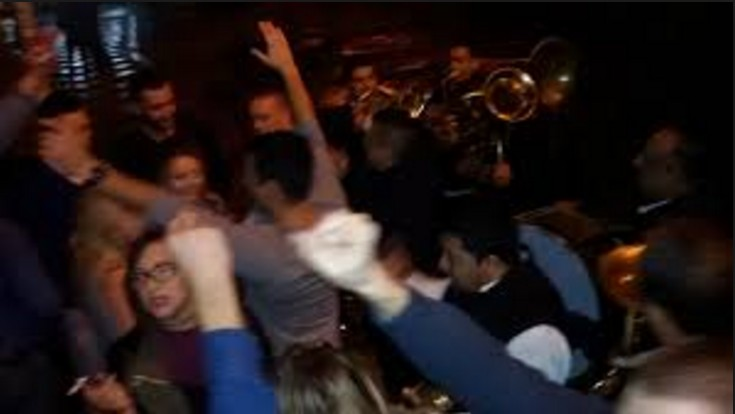 Како заиста изгледа журка у Студењаку